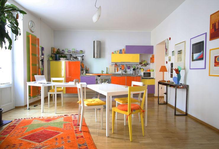 CASA DI SILVIA ARCHITETTO FRANCA DE GIULI Cucina moderna Giallo