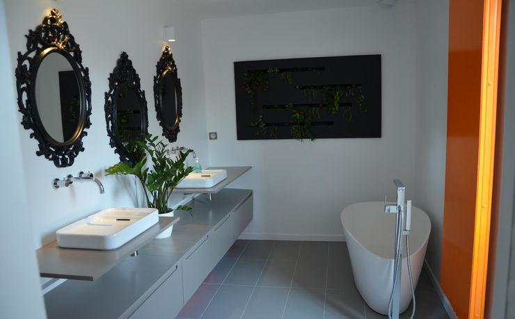 Maison Loos C+BO Salle de bain moderne