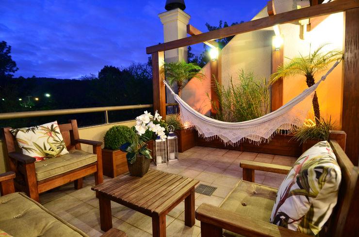 Stúdio Márcio Verza Rustic style balcony, veranda & terrace