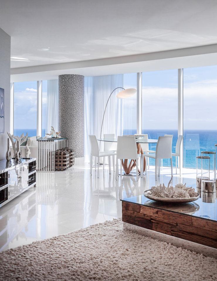 Regina Claudia p. Galletti Modern living room
