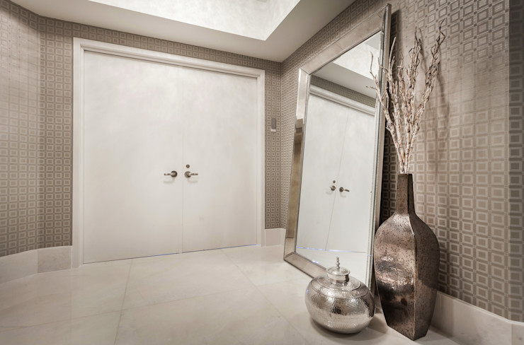Regina Claudia p. Galletti Modern corridor, hallway & stairs