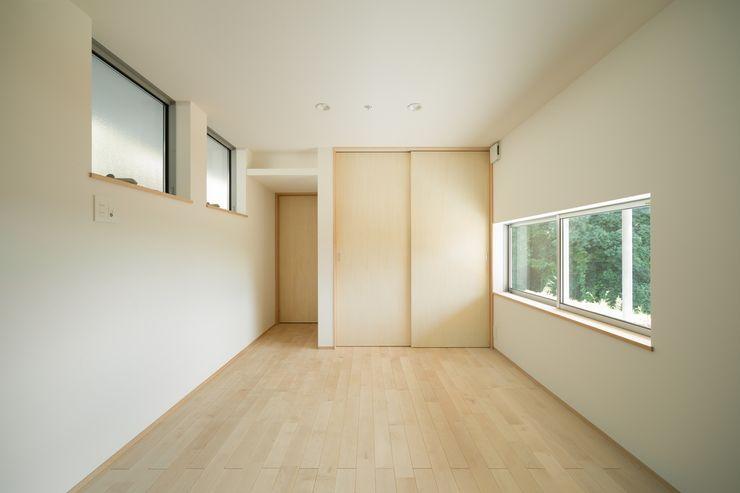 市原忍建築設計事務所 / Shinobu Ichihara Architects Scandinavian style bedroom Wood Wood effect
