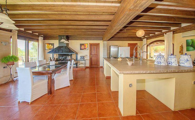 Villa S'Aranjassa Lola CocinaEncimeras Mármol Beige