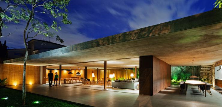 Studio MK27 Casas modernas: Ideas, diseños y decoración