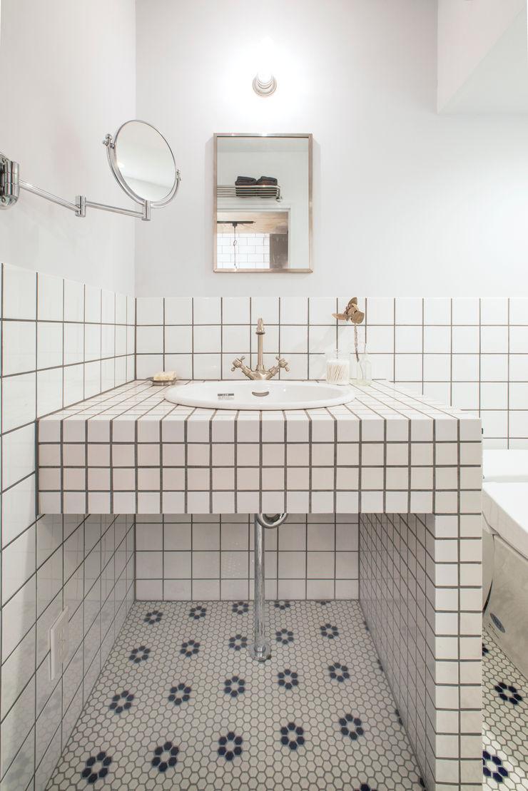 株式会社SHOEI BathroomMirrors