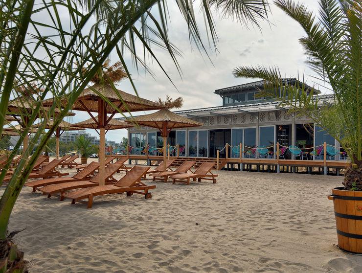 CHristian Bogner GmbH Living Art Modern bars & clubs