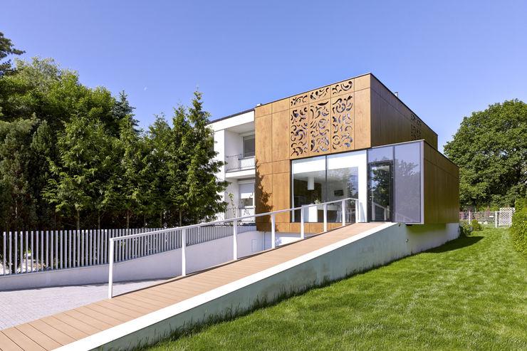 KLUJ ARCHITEKCI Moderne Häuser
