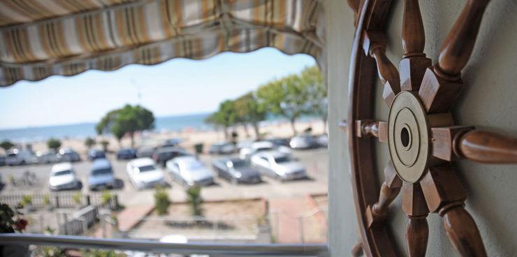 Sema & Harun Gökbayrak Bilgece Tasarım Modern Balkon, Veranda & Teras