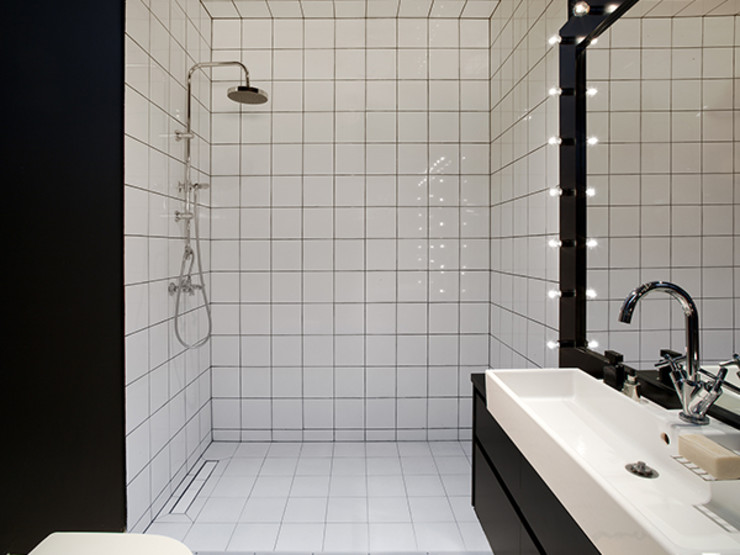 Sic! Zuzanna Dziurawiec Scandinavian style bathroom