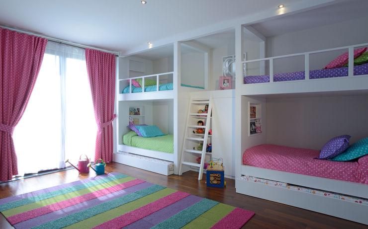 homify غرفة الاطفال قماش Multicolored