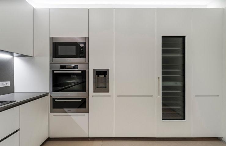 ST. REGIS 2301 TENTER Arquitectura y Diseño Cocinas modernas Blanco
