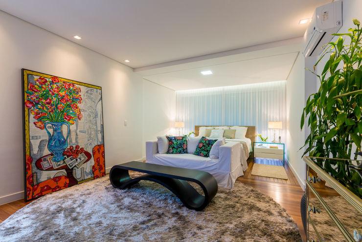 IE Arquitetura + Interiores Chambre moderne
