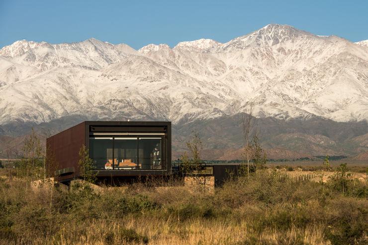 Casa Evans A4estudio Casas modernas: Ideas, imágenes y decoración