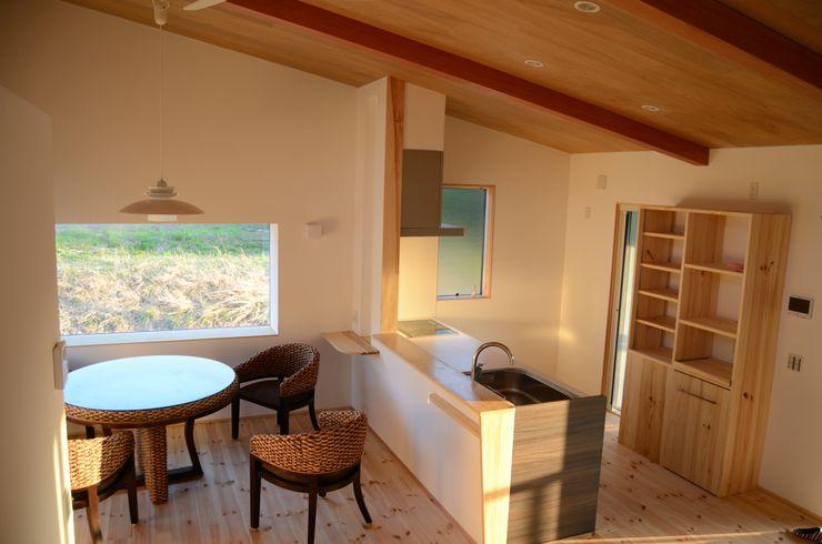 高野建築 Modern Study Room and Home Office