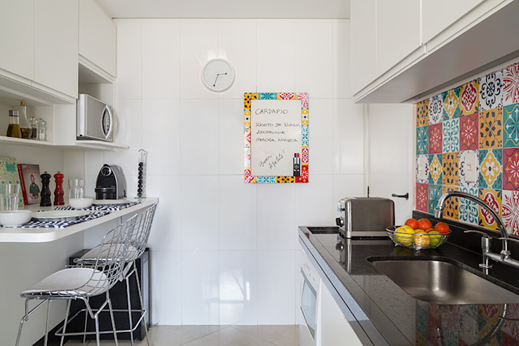 Flavia Sa Arquitetura Modern style kitchen