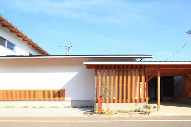 haws建築設計事務所 Rumah Gaya Skandinavia Kayu White