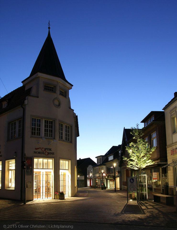 Nördlicher Zugang zur Lohner Marktstraße OC Lichtplanung Moderner Garten