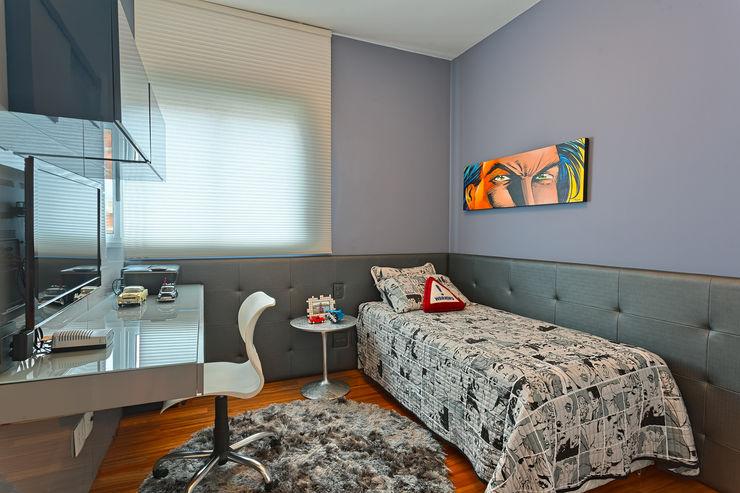 Mariana Borges e Thaysa Godoy Dormitorios de estilo moderno