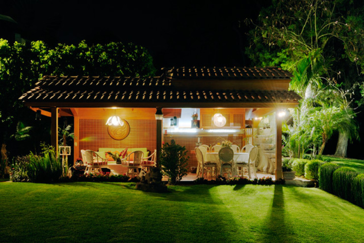 la terraza Excelencia en Diseño Balcones y terrazas asiáticos Derivados de madera