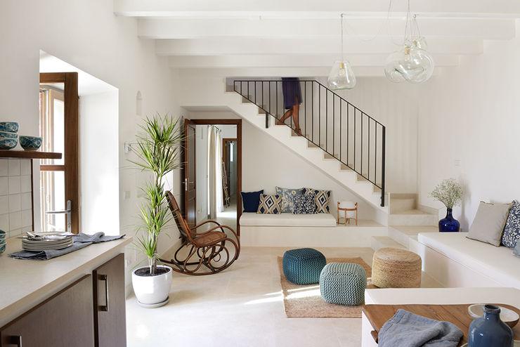 HOTEL CAL REIET – GUEST HOUSES Bloomint design Salones mediterráneos