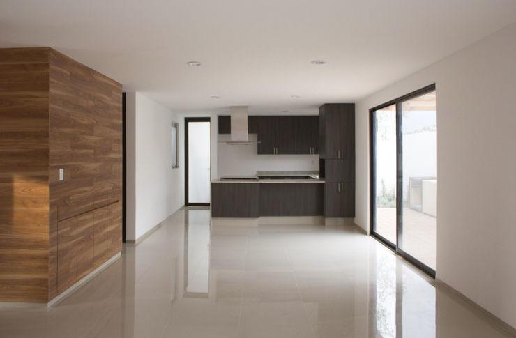 Región 4 Arquitectura Minimalist kitchen