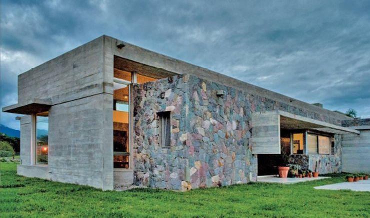 Exterior Casa el Tipal Proyecto Norte Paredes y pisos modernos