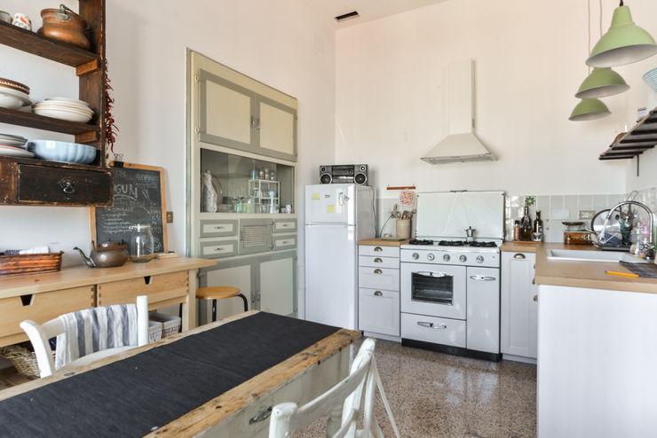 02A Studio ห้องครัว White