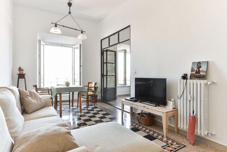 02A Studio Salas de estilo clásico Blanco