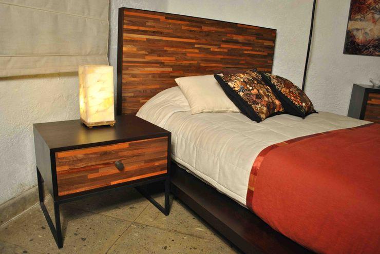 Buró Segusino Muebles Condesa DormitoriosMesitas de luz Madera Acabado en madera