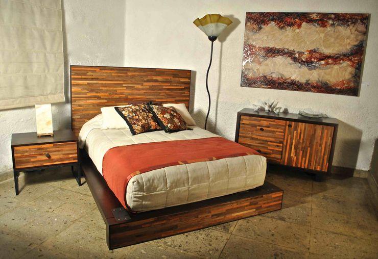 Segusino Muebles Condesa BedroomBeds & headboards Wood Wood effect