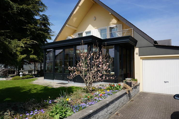 Blaser exclusive Wintergardens Classic style balcony, veranda & terrace Aluminium/Zinc Black
