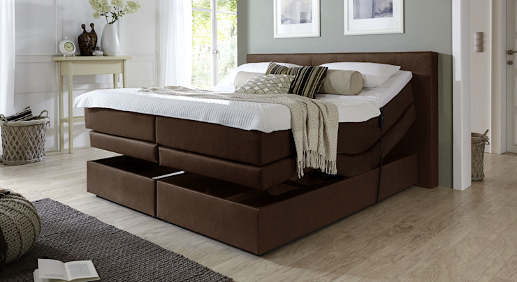 homify BedroomBeds & headboards Fake Leather Multicolored