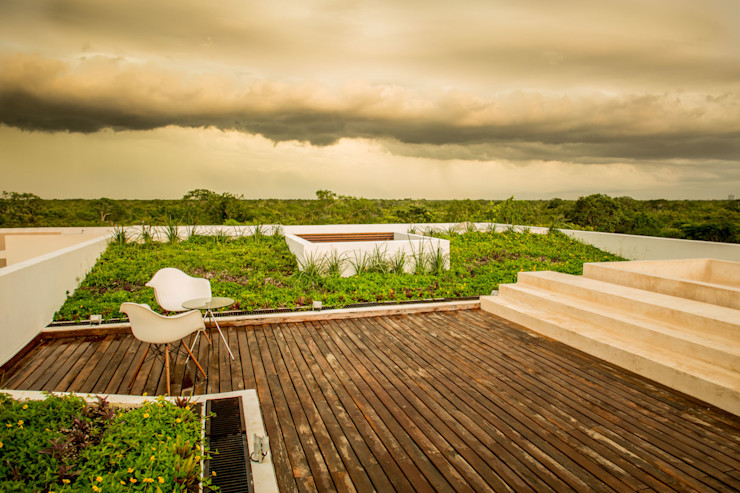 FGO Arquitectura Modern balcony, veranda & terrace Solid Wood Wood effect