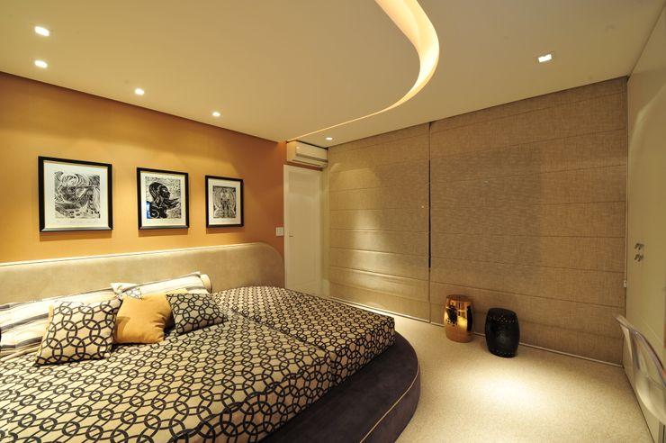 ANNA MAYA ARQUITETURA E ARTE Modern Yatak Odası Kâğıt Kahverengi