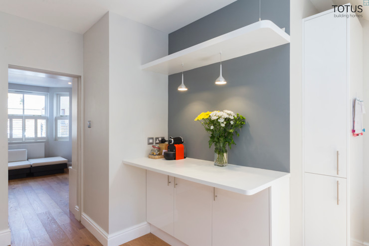 Basement with Light well, Clapham SW11 TOTUS Moderne Küchen