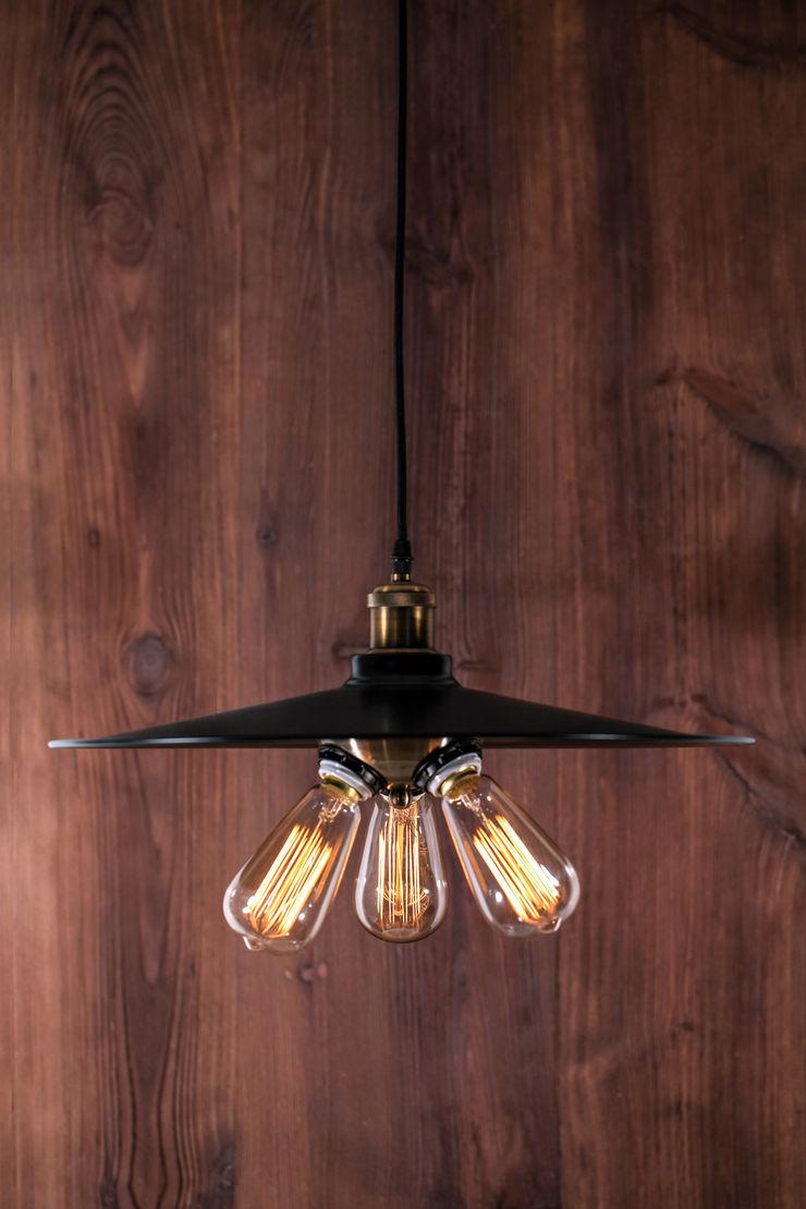 EINDHOVEN LOFT NO. 1 Altavola Design Sp. z o.o. Living roomLighting Black