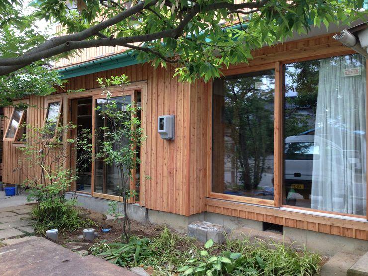 株式会社山崎屋木工製作所 Curationer事業部 Eclectic style windows & doors Wood