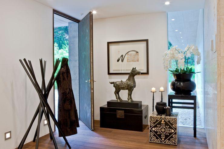 Entrance Viterbo Interior design Eclectic style corridor, hallway & stairs