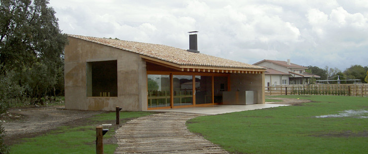 Finca de recreo Montebayón Ignacio Quemada Arquitectos Casas modernas Madera Beige