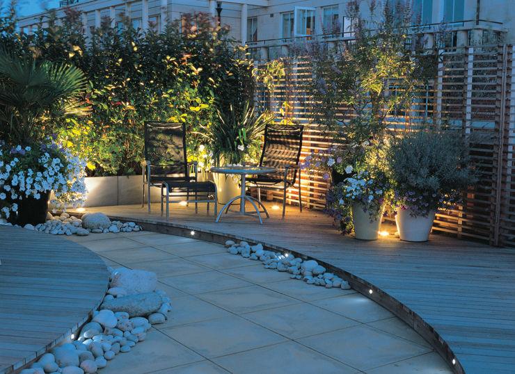 A Roof Garden, Chelsea Bowles & Wyer Balcones y terrazas de estilo moderno