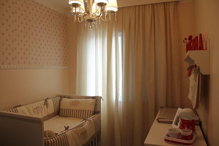 Dormitório da Bebê Padoveze Interiores Quarto infantil clássico