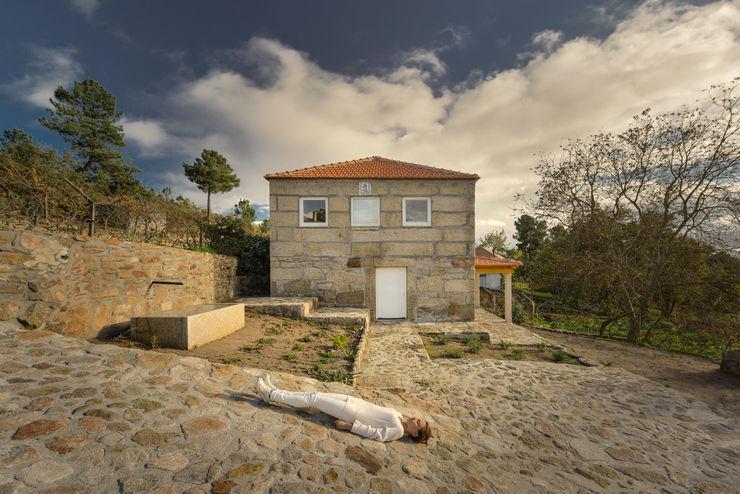 Corpo Atelier Hipped roof Granite