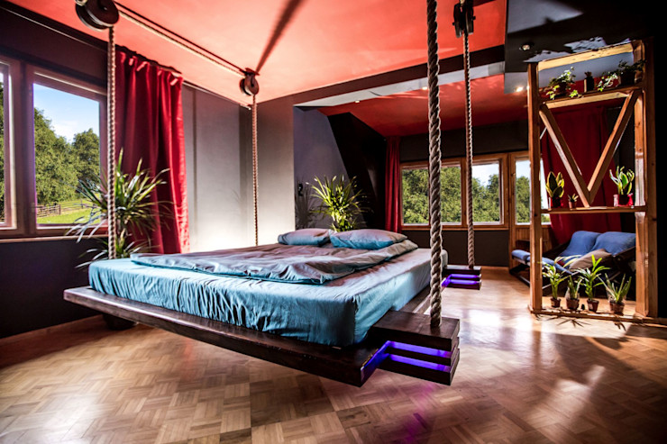 Hanging beds СпальняЛіжка та спинки