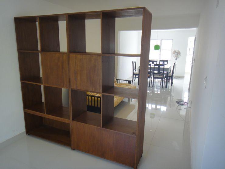 jose m zamora ARQ Closets de estilo moderno