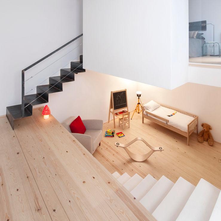 manrique planas arquitectes Nursery/kid's room