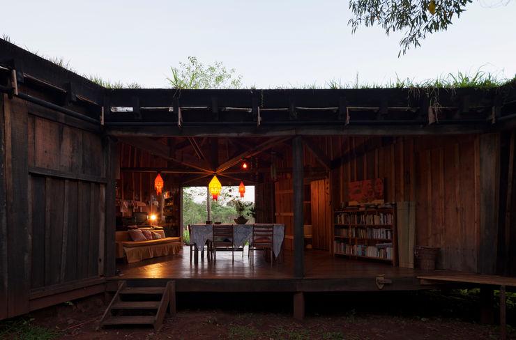 IR arquitectura Wiejska jadalnia Lite drewno O efekcie drewna
