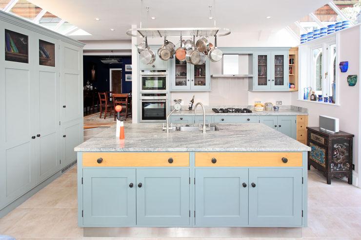 Mediterranean Style Rencraft Nhà bếp phong cách Địa Trung Hải Gỗ Blue