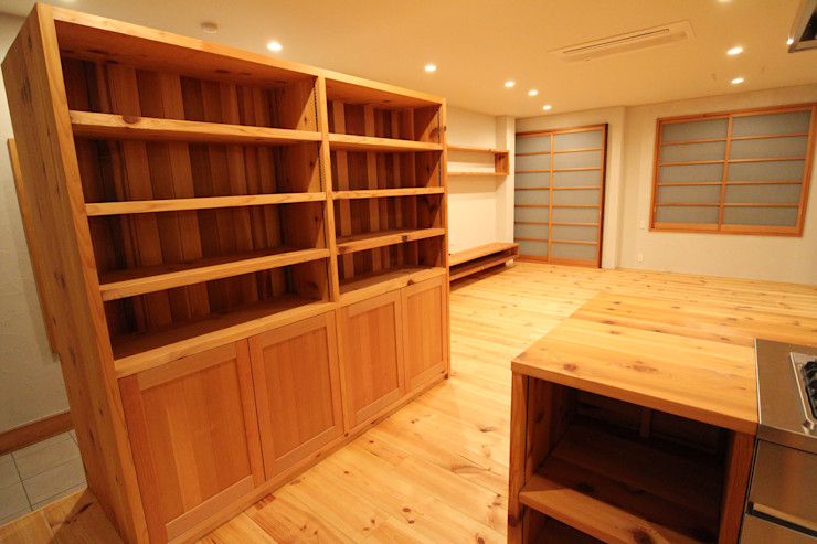 阿部工務所 廚房儲櫃 木頭 Wood effect