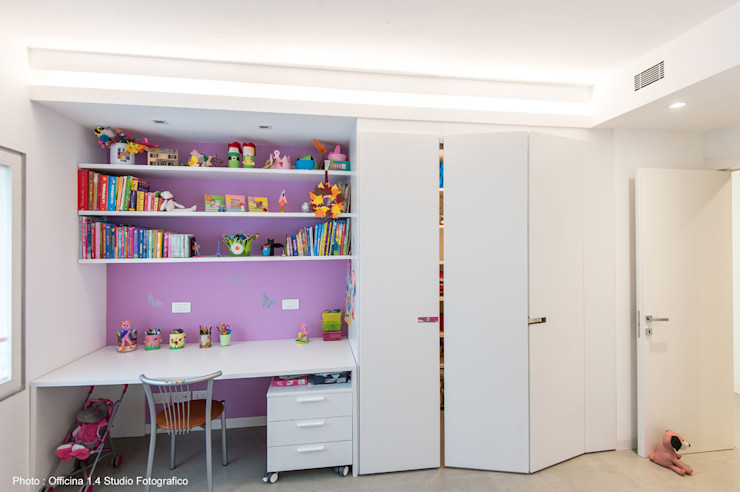 Urban House Studio Vivian Stanza dei bambini moderna