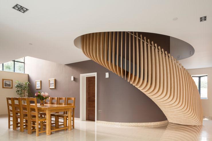 Princes Way Frost Architects Ltd 現代風玄關、走廊與階梯